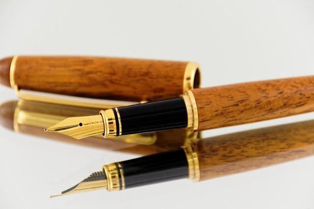 fountain-pens-865998_640
